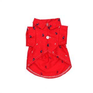 Camisa roja con perrito